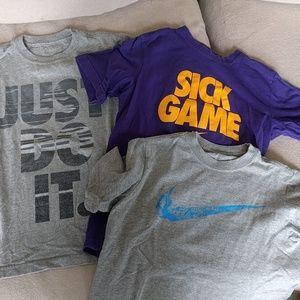 3 Boys Nike t-shirts size Small